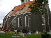 Remont dachu kościoła parafialnego - 2007 r (6)