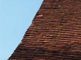 Dach kościoła parafialnego przed remontem - 2005 r (1)
