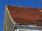 Dach kościoła parafialnego przed remontem - 2005 r (23)