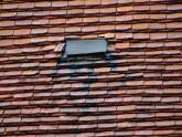 Dach kościoła parafialnego przed remontem - 2005 r (15)